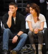 Danneel Harris at Lakers Game with husband Jensen Ackles on nov 24th in Los Angeles, CA X 12HQ