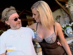 Nude charlotte engelhardt Vídeos pornôs