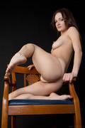 http://img185.imagevenue.com/loc441/th_370107213_Aldeean_Zhanet_A_0010_123_441lo.jpg