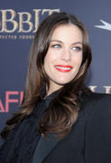 "Liv Tyler - Premiere of ""The Hobbit: An Unexpected Journey"" at the Ziegfeld Theater in New York 12/06/12- 40 HQ"