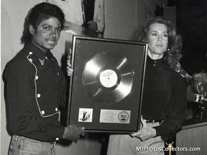 1983 Thriller Certified Platinum Th_947842809_med_gallery_8_119_143764_122_510lo